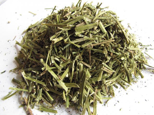 Dehydrated alfalfa, long fibre