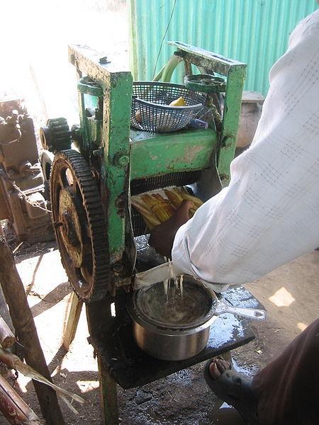 Extraction of sugarcane juice, India